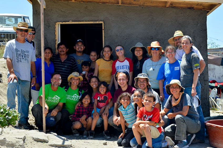 The different groups who built alongside the families during the Amor 3 Day