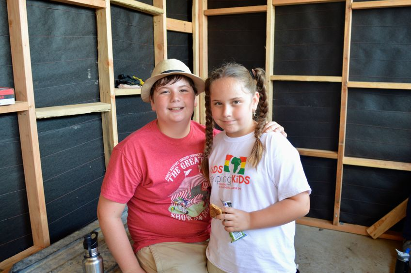 siblings_during_house_building_trip_in_Mexico