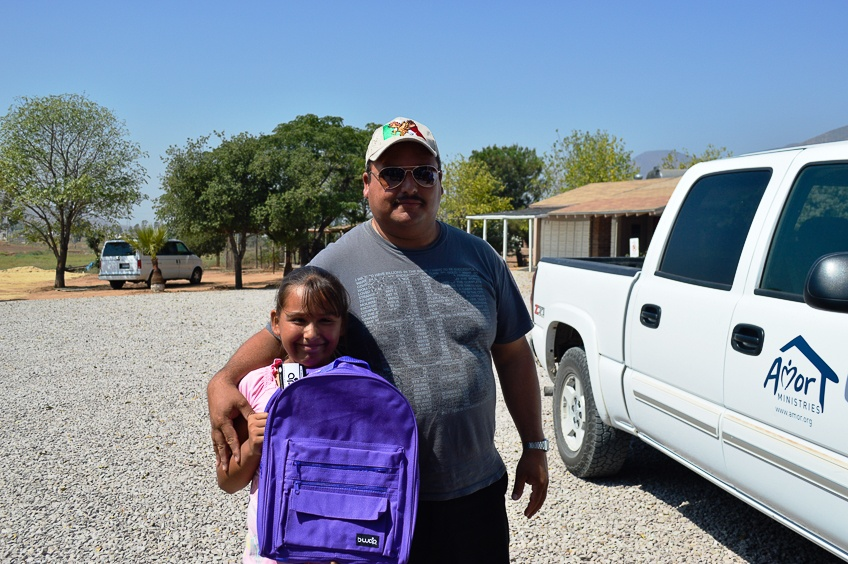 Pastor_Cesar_with_his_daughter